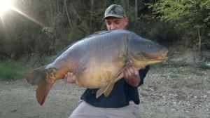 Marius mit 23kg+ Karpfen Fang